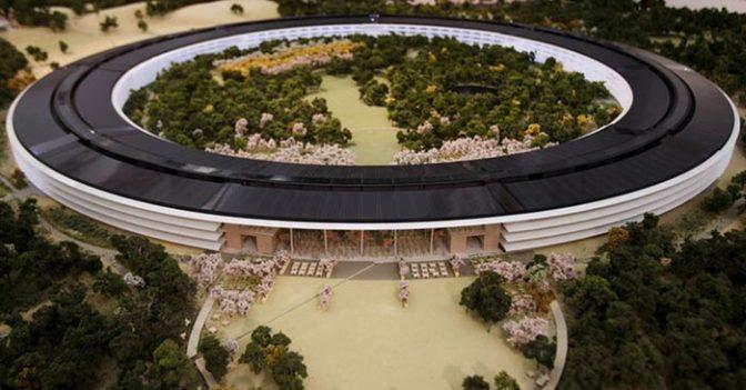 Apple'ın Uzay Mekiği Şeklinde Kampüsü Son Onayı Bekliyor