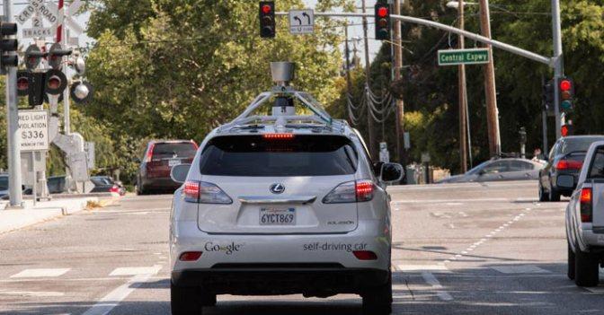 Google Self Driving Car Projesinin Özelliklerini Açıkladı